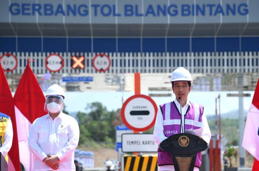 Presiden Jokowi Meresmikan Tol Pertama di Bumi Serambi Mekah
