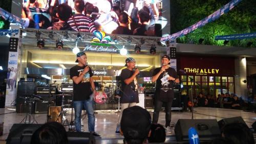 90s At 9 LIve Vol 2 di Summarecon Mall Bekasi